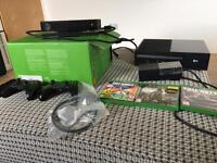 Xbox one with Kinect 2 controllers