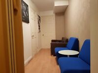Kings Cross Road - THAI MASSAGE / OFFICE SPACE / STORAGE