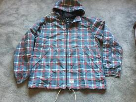Dcshoeco men's hoodies full zipper light weight size XXL Used one time ex condition £7