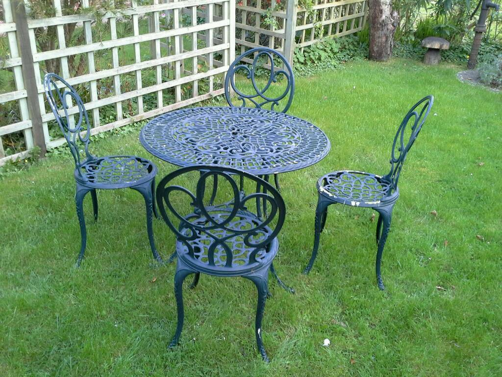 Garden Furniture Gumtree vintage garden table and chairs | in waterlooville, hampshire