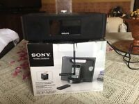 Compact sony speaker Dock for iPhone 3-6, iPod or iPad