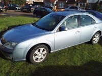 Ford Mondeo Ghia 2005 low milage.