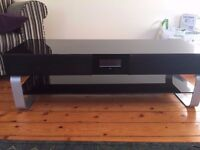 TV unit with built in Speakers and Sub Woofer (5.1 Surround Sound)