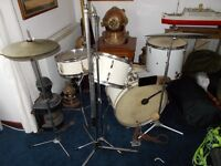 VINTAGE OLYMPIC DRUM KIT . AMAZING CONDITION