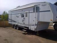TERRY RESORT FLEETWOOD 5th wheel/bunks REDUCED!!!
