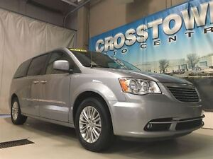 2015 Chrysler Town & Country Touring-L | Heated Seats | Heated S