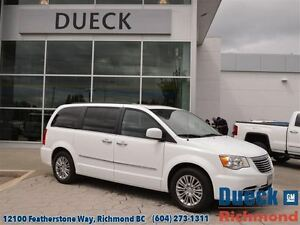 2016 Chrysler Town & Country Touring-L Local, Accident Free, LOW