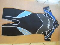 kids Sola shortie wetsuit - size medium