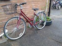 For sale bike for women Reflex bike on a Dutch-style bike is like new.