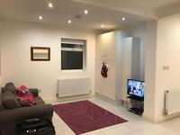 1 bedroom flat in Elm Park Road, London