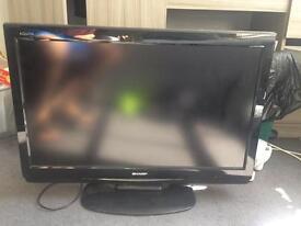 """32"""" LCD Sharp TV"""