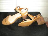 New Wide fit Tan Sandals 5 (38)
