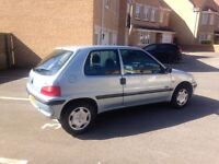 Peugeot 106 mot April drive away