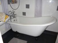 Free Standing Roll Top Bath, Acrylic With Taps And Claw Feet £120.00