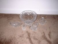 10 INCH CRYSTAL BOWL AND ACCESSORIES