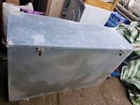 Metal storage bin 4ft x 2 ft