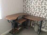 Dark wood (walnut colour) Computer Desk/ Work Station