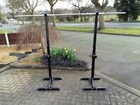 BARBELL WEIGHTS & SQUAT STANDS