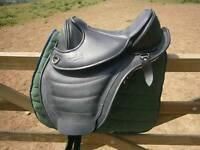 Barefoot Treeless Saddle