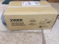 York fitness 20kg cast iron dumbbell set and case brand new .great present