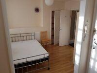 double studio room to-let on high street. yiewsley ub7 7qr