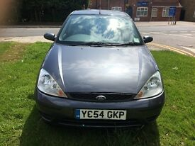 FORD FOCUS 2005 1.6L PETROL ***GENUINE LOW MILLAGE, LONG MOT, FULL SERVICE HISTORY***