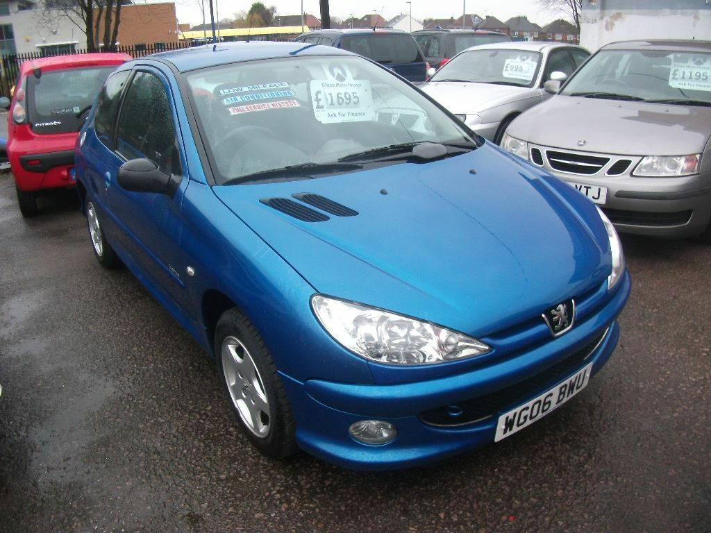 2006 peugeot 206 verve 1 4 blue in leicester leicestershire gumtree. Black Bedroom Furniture Sets. Home Design Ideas