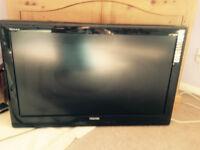 "Toshiba Regza 32"" LCD TV HDMI 32AV505D with wall bracket VGC"