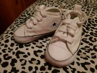 Baby white converse crib boots size 1