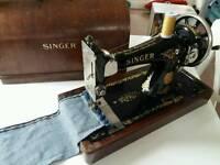 Vintage Singer 128k sewing machine