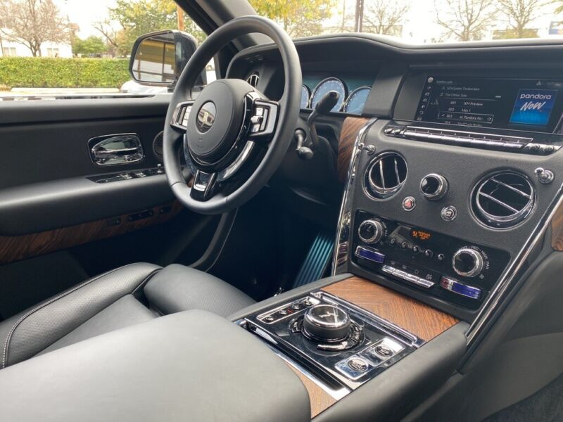 Image 5 Coche Americano usado Rolls-Royce Cullinan 2019