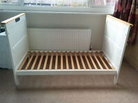 Mothercare Rhode Island Cot / Cotbed With Mattress White Collection London SW14