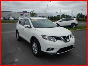2016 Nissan Rogue SV AWD DEMO IMPECCABLE