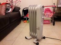 Oil filled radiator barely used in excellent condition