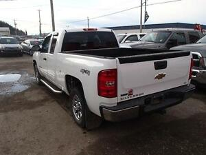 2010 CHEVROLET SILVERADO 1500 LS EXTENDED CAB 4WD Prince George British Columbia image 6
