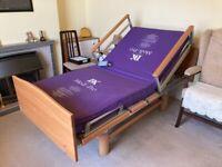 Volker 3080 nursing profiling hospital bed in EXCELLENT CONDITION