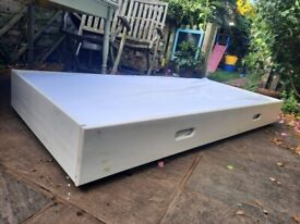 Single Aspace trundle bed only