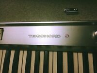 EXTREMELY RARE 1960's TEISCO ELECTRIC KEYBOARD ORGAN MODEL TEISCHORD C
