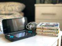 Nintendo 2DS XL HW Handheld Console - Black And Turquoise + 3 Games