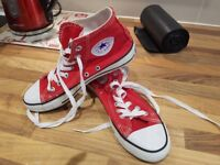 Size 5.5 converse