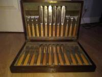 24 piece John Sanderson & Son Electro Plate Silver Boxed Fish cutlery set