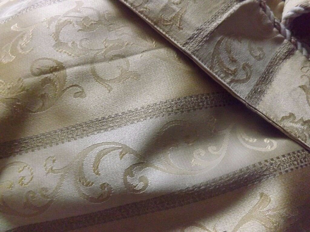Gold brocade curtains cream/gold stripe with tie backs fully lined pencil pleat 3 pairs £30 for lot