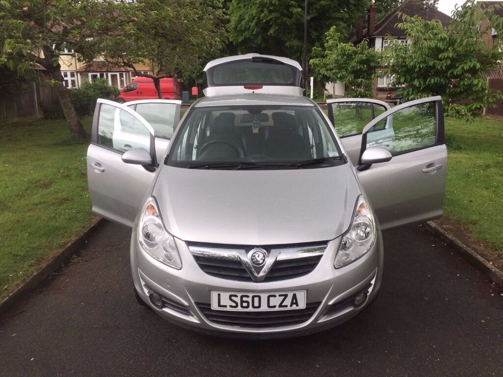 Vauxhall Corsa 1.4 i 16v SE 5dr (a/c) £4,299 p/x welcome , 6 MONTHS FREE WARRANTY , PARKING SENSOR