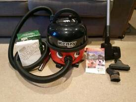 Henry hoover plus extras