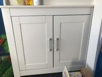 CHANging unit and wardrobe