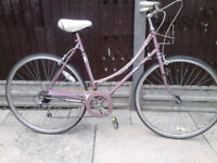 Vintage Raleigh Caprice city bike