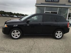 2010 Jeep Compass 4X4 ACCIDENT FREE SPORT/NORTH POWER PKG ALLOYS Kitchener / Waterloo Kitchener Area image 3