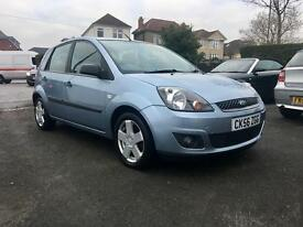 Fiesta 1.4 Zetec 56' Reg VERY LOW MILEAGE