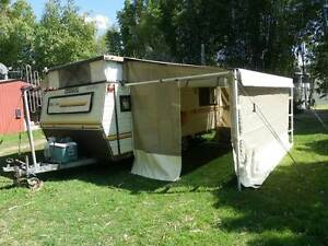 1987 Coromal Lowline Pop Top Caravan with many accessories Bucca Bundaberg Surrounds Preview
