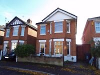 Large, Newly Refurbished, 5 Double Bedroom House ideally situated in Springbourne